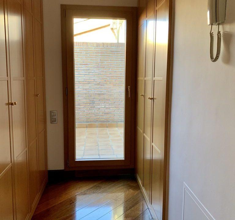 prado-del-rey-101-vestidor-matri-768x1024